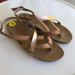 NWOT blowfish Granola Sandals